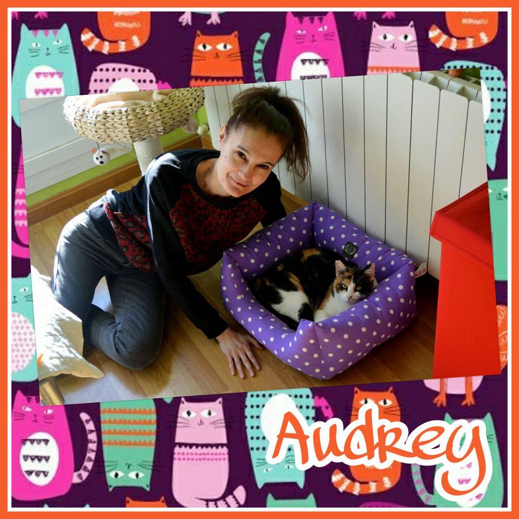 ¡Audrey, antes Glori, adoptada!